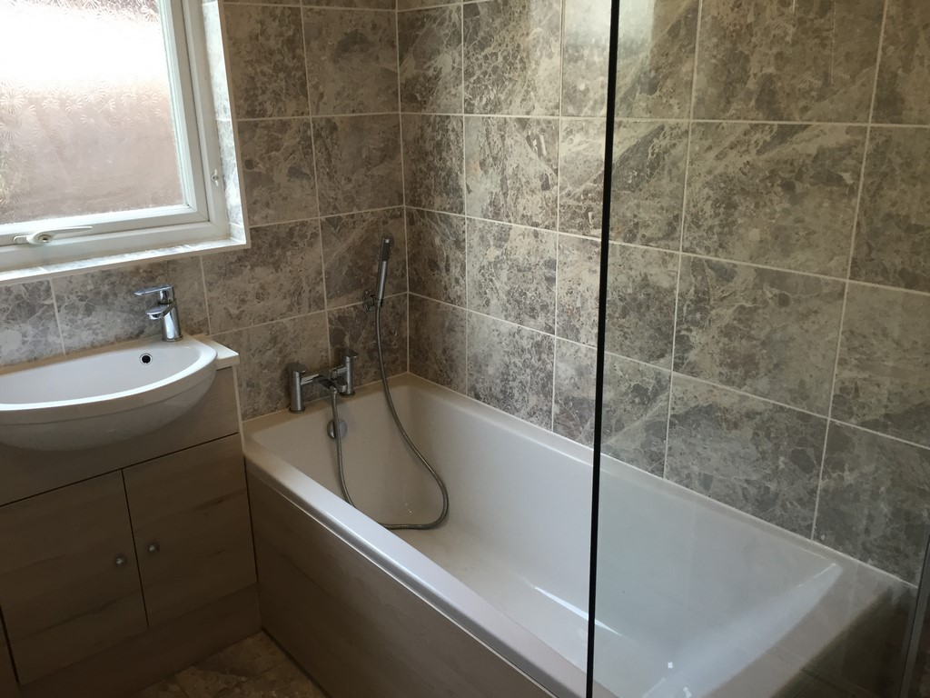 Fitted bathroom photo gallery for Bathroom refitters